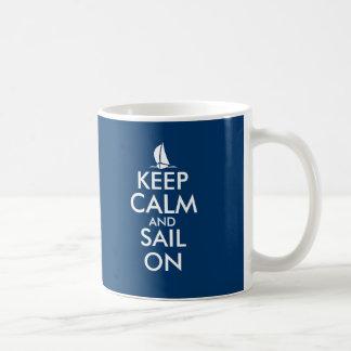 Guarde la calma y la vela en diseño lindo del vele tazas de café