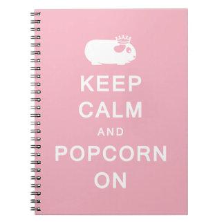 Guarde la calma y las palomitas en el cuaderno