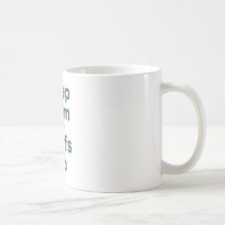 Guarde la calma y las resacas para arriba tazas de café