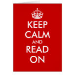 Guarde la calma y lea en tarjetas de felicitación