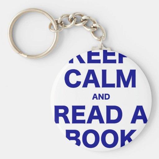 Guarde la calma y lea un libro llavero redondo tipo pin