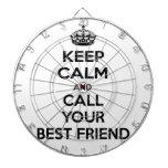 Guarde la calma y llame a su mejor amigo tabla dardos