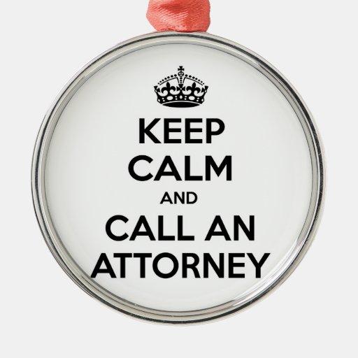 Guarde la calma y llame a un abogado
