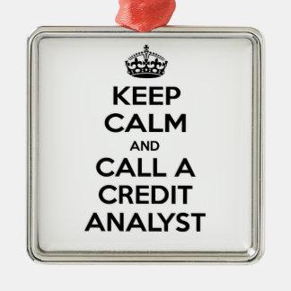 Guarde la calma y llame a un analista de crédito adornos