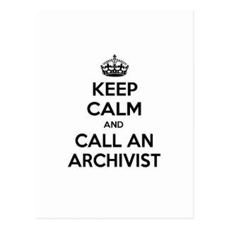 Guarde la calma y llame a un archivista postales