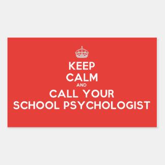 Guarde la calma y llame a un psicólogo de la escue rectangular pegatina