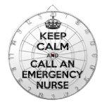 Guarde la calma y llame a una enfermera de la emer tablero de dardos