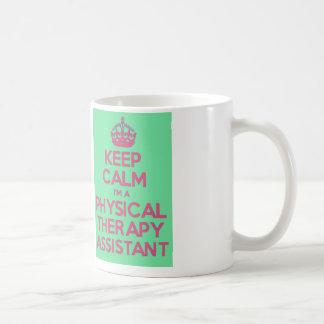 Guarde la calma y llame al ayudante de la terapia taza de café