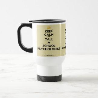 Guarde la calma y llame una taza del viaje del psi