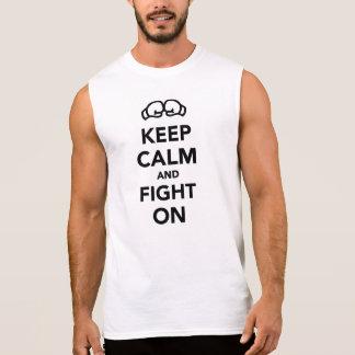 Guarde la calma y luche en el boxeo camisetas
