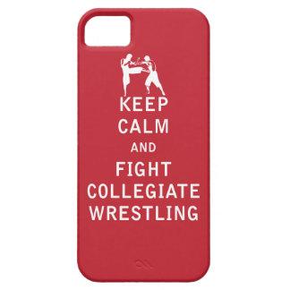 Guarde la calma y luche la lucha colegial funda para iPhone 5 barely there