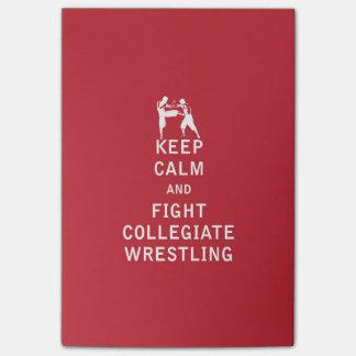Guarde la calma y luche la lucha colegial post-it® notas