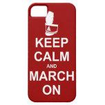 Guarde la calma y marzo en el caso del iPhone iPhone 5 Protector