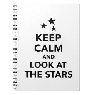 Guarde la calma y mire las estrellas libreta