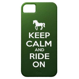 Guarde la calma y monte encendido iPhone 5 funda