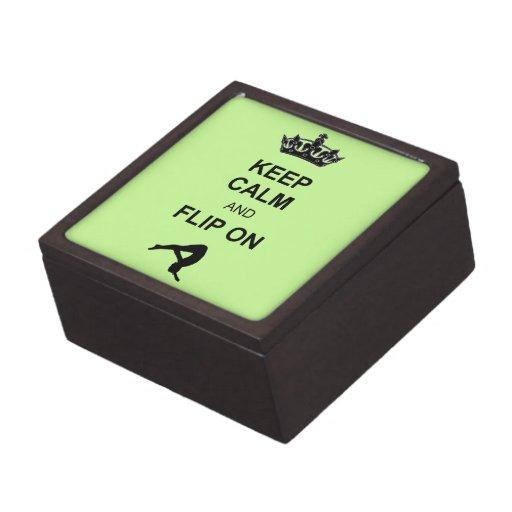 Guarde la calma y mueva de un tirón caja de regalo de calidad