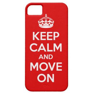 Guarde la calma y muévase encendido iPhone 5 Case-Mate cárcasas