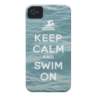Guarde la calma y nade en el caso divertido de iPhone 4 cobertura