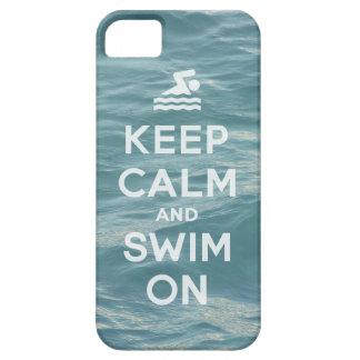 Guarde la calma y nade en el caso divertido iPhone 5 fundas