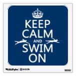 Guarde la calma y nade en (en cualquier color)