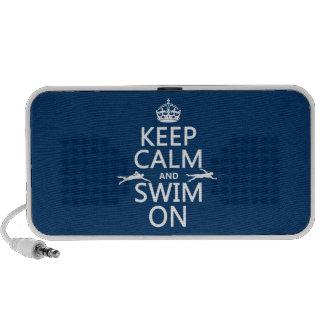 Guarde la calma y nade en (en cualquier color) mp3 altavoz