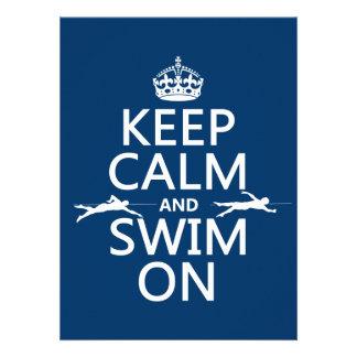 Guarde la calma y nade en (en cualquier color) comunicados