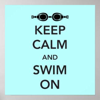 Guarde la calma y nade encendido póster