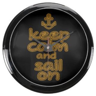 Guarde la calma y navegue en estilo del nudo de la relojes acuario