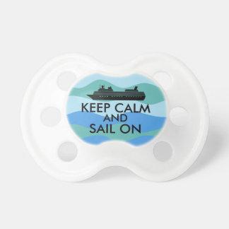 Guarde la calma y navegue en personalizado del chupetes para bebés