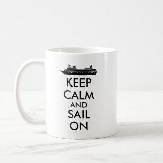 Guarde la calma y navegue en personalizado del taza de café