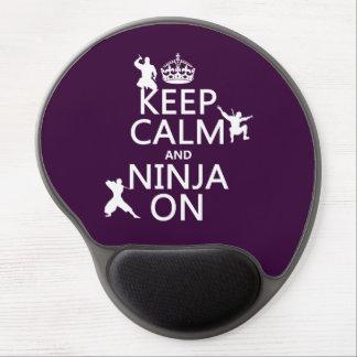 Guarde la calma y Ninja en (en cualquier color) Alfombrilla Con Gel