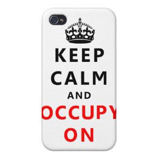Guarde la calma y ocúpela encendido iPhone 4 carcasa