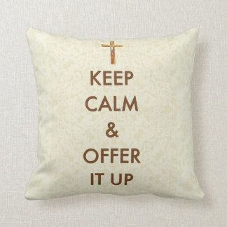 Guarde la calma y ofrézcala encima del crucifijo cojín
