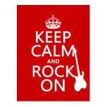 Guarde la calma y oscile en (guitarra) (cualquier  tarjetas postales