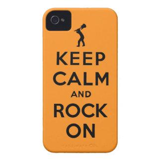 Guarde la calma y oscile encendido iPhone 4 Case-Mate carcasas