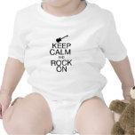 Guarde la calma y oscile encendido trajes de bebé