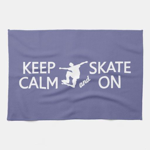 Guarde la calma y patine en la toalla de cocina de