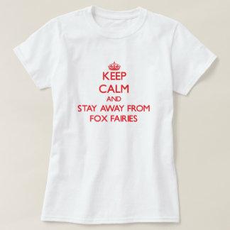 Guarde la calma y permanezca lejos de hadas del remeras
