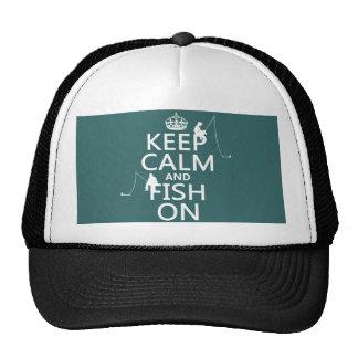 Guarde la calma y pesque encendido - los colores a gorro