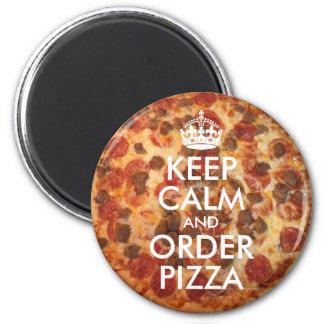 Guarde la calma y pida la foto de la pizza imán redondo 5 cm