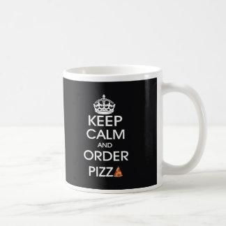 Guarde la calma y pida la pizza taza clásica
