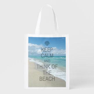 Guarde la calma y piense en la playa bolsas de la compra