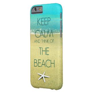 Guarde la calma y piense en la playa II Funda Para iPhone 6 Barely There