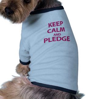 Guarde la calma y prometa camisa de perrito