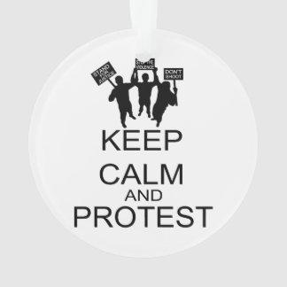 Guarde la calma y proteste
