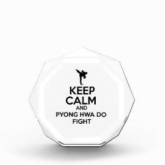 Guarde la calma y Pyong Hwa lucha