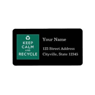 Guarde la calma y recíclela etiquetas de dirección