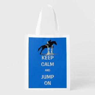 Guarde la calma y salte en caballo bolsas de la compra