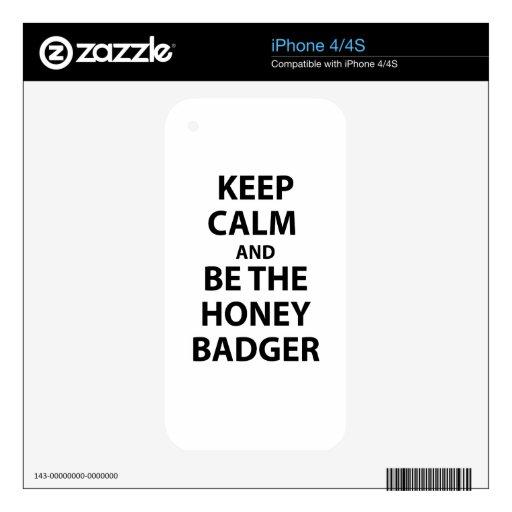 Guarde la calma y sea el tejón de miel skin para el iPhone 4
