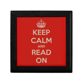 Guarde la calma y siga leyendo cajas de recuerdo